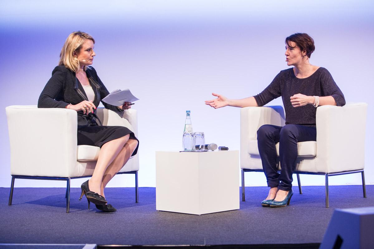 Karolien Notebaert and Ellen Frauenknecht in conversation about unconscious bias at the 2017 European Investment Conference.