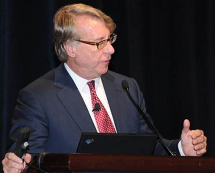 Jim Chanos addresses delegates at the 2010 CFA Institute Annual Conference